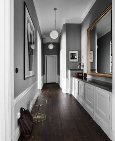 18 Beautiful Scandinavian Hallway Designs You Need To See flur farbe 18 Beautiful Scandinavian Hallway Designs You Need To See Contemporary Decor, Modern Decor, Hallway Designs, Hallway Ideas, Hall Design, Hallway Decorating, Decorating Tips, Home Interior Design, Interior Doors