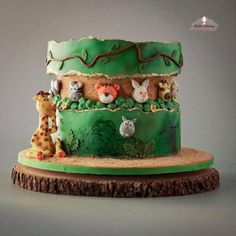 Jungle Safari Animals Fault Line Cake 15 Fault Line Cakes that WOW Click over to Rose Bakes to see several designs of the trendy Fault Line Cakes that are so popular right now Food Cakes, Cupcake Cakes, Fruit Cupcakes, Cake Fondant, Baby Cakes, Rodjendanske Torte, Jungle Cake, Jungle Birthday Cakes, Birthday Animals
