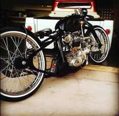 Discover recipes, home ideas, style inspiration and other ideas to try. Virago Bobber, Triumph Bobber, Triumph Bikes, Bobber Bikes, Cool Motorcycles, Vintage Motorcycles, Harley Davidson Motorcycles, Motorcycle Wheels, Bobber Motorcycle
