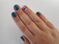 Teal & Stripes #nailart #semilachellas #semilac #nails