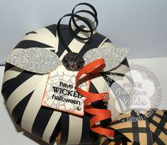 Paper strip pumpkin