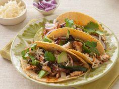 Thursday: Pork Tacos http://www.prevention.com/food/cook/slow-cooker-pork-leftovers-recipes/sunday-pulled-pork