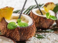 Piña Colada (cocktail) - Recette de cuisine Marmiton : une recette