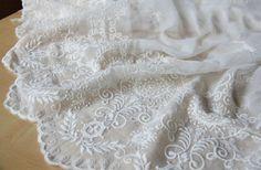 Koronka tkaniny w 110cm szerokości - 31,82