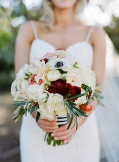 Photography: Josh Gruetzmacher Photography - joshgruetzmacher.com   Read More on SMP: http://www.stylemepretty.com/2015/06/12/outdoor-bay-area-wedding-inspired-by-farmers-markets/