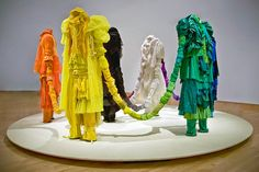 Sculptures made from discarded clothing - Guerra de la Paz