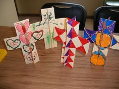 Stand Up Cross Craft-- Check out the Resurrection Rolls and the pretzel crosses.