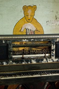 Player piano in an abandoned State Hospital (Brookside?)    ----    (by AeroFennec, via Flickr)