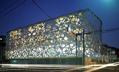 Mesh facade - Hajime Masubuchi of Studio M by smyrgu, via Flickr