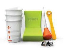 Zoku Quick Pop Tool Kit w/ Heart, Star & Fruit Stencils, Siphon, Angle Tray Star Stencil, Stencils, Pop Maker, Pop Art Movement, Edible Creations, Pop Design, Ice Pops, Kitchen Tools And Gadgets, Ice Cream Maker