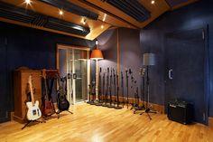 Sofa Sound's live room   www.miloco.co.uk/sofasound Recording Studio Design, Sound Studio, Sounds Good, Drums, Studio Ideas, The Originals, Room, Live, Home Decor