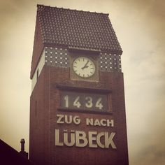 Travemünde .Bahnhof Abfahrtszeit..