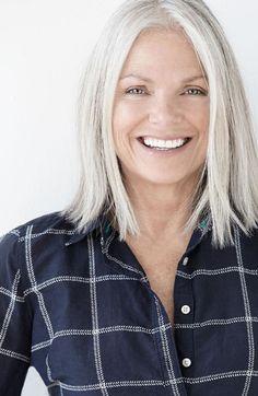 Cheveux gris femme 50 ans automne-hiver 2016