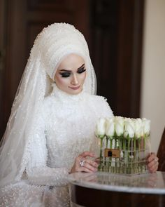 Thank you to @ @ who drowned us in flowers 🕊 - Hochzeitskleid Hijabi Wedding, Wedding Hijab Styles, Muslimah Wedding Dress, Muslim Wedding Dresses, Disney Wedding Dresses, Muslim Brides, Wedding Party Dresses, Style Asiatique, Style Floral