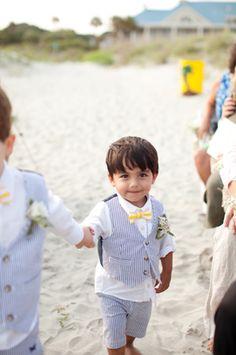 weddng chicks - real wedding - south carolina beach wedding - ring bearers