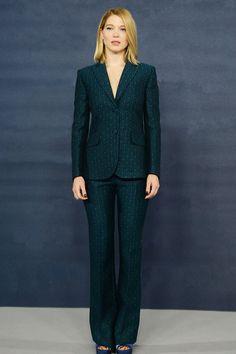 Léa Seydoux en Miu Miu Spectre James Bond Girl   Vogue http://www.vogue.fr/mode/look-du-jour/articles/la-seydoux-en-miu-miu-spectre-james-bond-girl/29265
