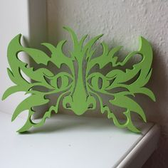 Green man via the scroll saw! I can see several variations on this plan in my future!