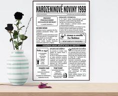 narozeninové noviny 1969-obraz 2 Glass Vase