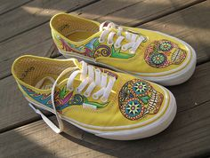 cute sugar skull shoes. they'd be perfect for summer.