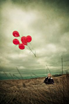 20 Things We Should All Let Go Of To Be Happy