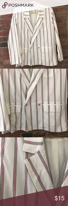 """NWOT Vintage Izod Striped Blazer NWOT - zero stains on this piece, which is unbelievably impressive for vintage clothing. White, navy and red striped give off a serious Tommy Hilfiger vibe. Slight shoulder pads, functional pockets, beautiful white lining. No fabric tags, but feels like a light cotton/polyester blend. Fabric is light enough that the sleeves can be rolled up as shown. Measurements w blazer buttoned: bust 19"""", length 26"""", unrolled sleeve 23"""". Open to reasonable offers. Izod…"""