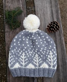This beautiful warm hat is perfect for winter and has a touch of festiveness without it being overwhelmingly Christmasy.
