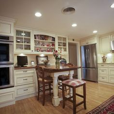 Kitchen Photos Small Design, Pictures, Remodel, Decor and Ideas - page 27