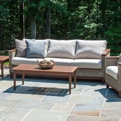 Modern outdoor furniture gives you the ability to truly enjoy spring, summer and autumn. Modern outdoor patio furniture combines your love of outdoor, entertainment and modern design in a simple and sophisticated package. Modern Outdoor Furniture, Outdoor Sofa, Outdoor Decor, Modern Patio, Modern Landscaping, Seat Cushions, Modern Design, Nashville, Furniture Ideas