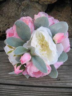 SILK David Austin Rose Bouquet whites creams by Keepsakebouquets Flax Flowers, David Austin Roses, Rose Bouquet, Bouquets, Wedding Flowers, Succulents, Silk, Unique Jewelry, Handmade Gifts