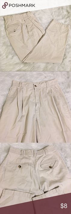 [Dockers] Khaki Twill Pants Classic vintage Dockers. In very good pre-loved condition. Dockers Pants Trousers