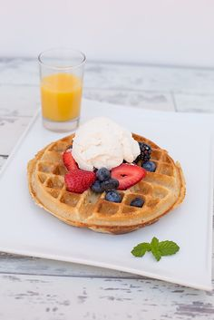 CLASSIC Waffles, Traditional, Breakfast, Classic, Food, Meal, Eten, Meals, Classic Books