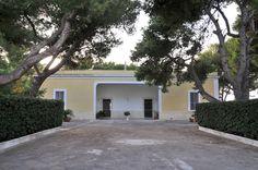 """Appartamento """"TRAMONTO"""" in #villa con giardino e accesso diretto alla #spiaggia a soli 50 metri, e a 150 metri dalla baia di #Puntaprosciutto"""