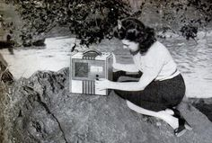 """1941 Popular Science """"Summer-Winter"""" Radio"""