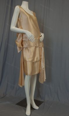 Vintage Flirty Flapper dress of pink satin with huge bow, sashes, layers of silk and oozing Art Deco goodness circa 1920s from Recursive Chic @ recursivechic.com
