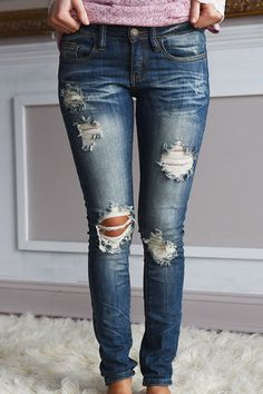 Love the distressing and color of these jeans! Mid Rise, skinny, very comfy! **Sizing: Jeans are running a bit snug, for more room order up a size. Model is wears in jeans and is wearing a size Cute Winter Outfits, Fall Outfits, Casual Outfits, Formal Outfits, Casual Jeans, Modest Outfits, Skirt Outfits, Stylish Jeans, Party Outfits