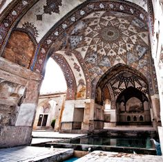 Architectural details of Bagh-e Fin, a historical Persian garden located in Kashan, Iran. Completed in 1590, the Fin Garden is the oldest extant garden in Iran.  Photo by Marco Fieber - Creative Commons License  View more photographs: http://facebook.com/intricateworks
