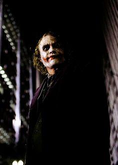 Uploaded by Find images and videos about sexy, Hot and heath ledger on We Heart It - the app to get lost in what you love. Heath Legder, Heath Ledger Joker, The Dark Knight Trilogy, Batman The Dark Knight, Joaquin Phoenix, Dc Universe, Gotham Batman, Joker Batman, Michael Jackson