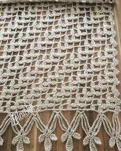 İnstagram👉🏻zeloschh Crochet Motif, Crochet Doilies, Crochet Stitches, Free Crochet, Lace Knitting, Knitting Patterns, Crochet Patterns, Crochet Shawls And Wraps, Knitted Shawls