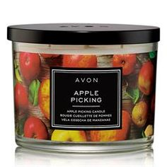 Autumn is in the air! Surround your senses with the fresh fragrance of apple picking and usher in the rich vibrancy of fall. Fall Scents, Home Scents, Fall Candles, 3 Wick Candles, Cooking Gadgets, Skin So Soft, Sugar And Spice, Red Apple, Burning Candle