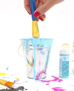 Drippy paint cup DIY