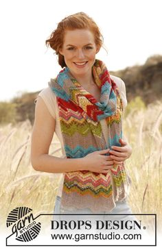 """Knitted DROPS scarf with zigzag pattern in """"Fabel"""". ~ DROPS Design"""
