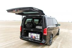 Die neue Mercedes-Benz V-Klasse - Edition 1 Fahrbericht / Test Mercedes Benz Vito, Mercedes Van, Benz Sprinter, Transporter, Camping, Limousine, Future Car, Exotic Cars, Cool Cars