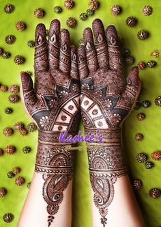 Lovely mehndi design by kashee 's beauty parlour
