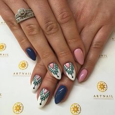 Here are some hot nail art designs that you will definitely love and you can make your own. You'll be in love with your nails on a daily basis. Gorgeous Nails, Love Nails, Fun Nails, Country Nails, Nails 2017, Geometric Nail, Nail Manicure, Nail Tips, Nails Inspiration