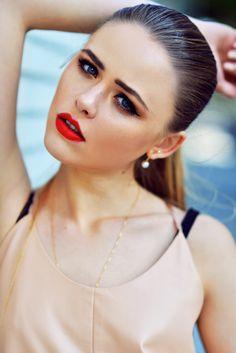 loving this make up look from Kristina Bazan Kayture