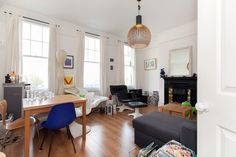 2 bed flat to rent in Battersea: St Johns Road, SW11: £410pw