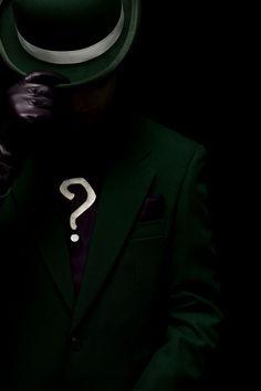 I really want him in the next Batman solo movie The Riddler, Riddler Gotham, Gotham Villains, Gotham Tv, Comic Villains, Batman Arkham, Batgirl, Catwoman, Harley Quinn