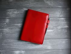 Red leather planner cover for women with interlocking pen loops leather book agenda Compatible with Jibun Hobonichi cousin Moleskine