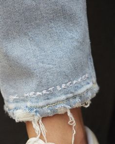 New Embroidery Jeans Street Style 56 Ideas Fashion Details, Look Fashion, Diy Fashion, Ideias Fashion, Womens Fashion, Fashion Design, Fashion Ideas, Fashion Clothes, Jeans Fashion