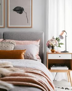 modern bedroom with blushing and orange accents - ., modern bedroom with blushing and orange accents - # blushing Decorate My Room, Home Decor Bedroom, Bedroom Furniture, Bedroom Ideas, Master Bedroom, King Bedroom, Bedroom Plants, Decor Room, Bedroom Inspiration